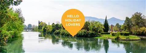 Louise Taualii - helloworld Travel Specialist   Banora Village Shopping Centre, Leisure Drive, Banora Point, New South Wales 2486   +61 7 5524 8199