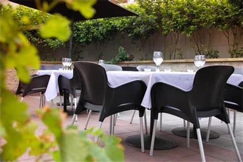 Rossinis Italian Family Restaurant   19/1 Parsons Road, Lisarow NSW, Lisarow, New South Wales 2250   +61 2 4329 4626