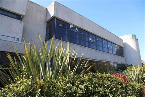 Aberdeen University Students Association | The Hub Elphinstone Road Aberdeen, Old Aberdeen AB24 3TU | +44 1224 272965