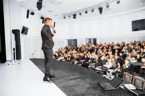 Professional, Corporate & Public Speaker Training | 3 McLean Street, Coolangatta, Queensland 4225 | 1300 877 325