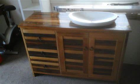 Ellard Custom Furniture & Benchtops   9 Hall Street Eaglehawk, Bendigo, Victoria 3556   +61 435 080 500