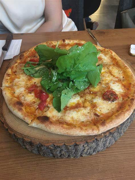 Zucca Pizza | Bozkurt Mahallesi Baruthane Caddesi No:7/1 Kurtuluş, Sisli/İstanbul | +90 212 247 77 01
