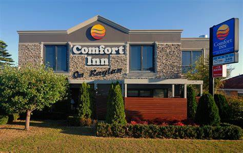 Comfort Inn On Raglan । Restaurant 3 4 9 | 349 Raglan Parade, Warrnambool, Victoria 3280 | +61 3 5562 2833