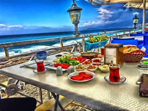 Locca Beach | Kargıcak Parkı Yanı, Alanya/Antalya | +90 506 028 11 70