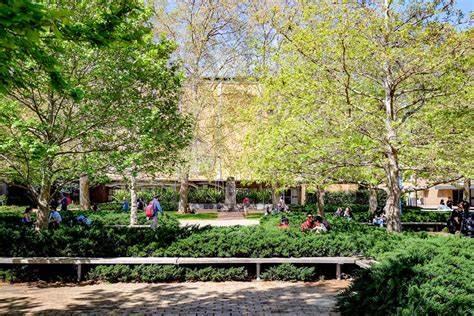 University Of Melbourne Sustainable Campus   Parkville Campus Swanston Street, Parkville, Victoria 3052   +61 3 9344 5289