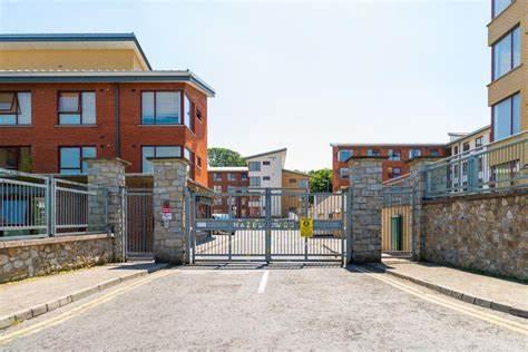 Cheap Accommodation close to Dublin city Center And Dublin Airport | Northwood Santry, Hazelwood Student Village, Dublin | +353 86 142 6819