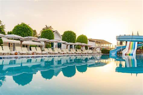 Armas Beach   Yeni Mahalle Ataturk Bulvari No:21, 07980 Kemer/Mediterranean Region Turkey   +90 242 318 00 25