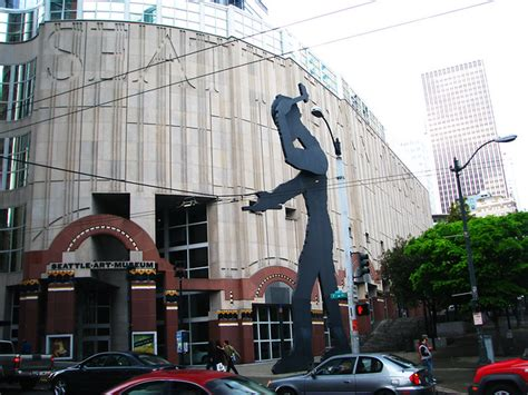 Learn more about Seattle Art Museum