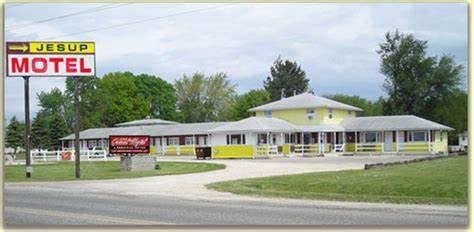 Jesup Grand Motel | 531 South St, Jesup, IA, 50648 | +1 (319) 827-1996