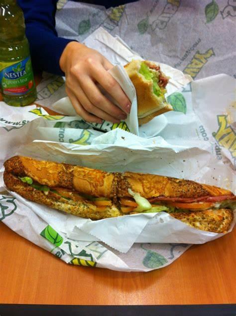 Subway | College Green, Dublin | +353 1 671 0275