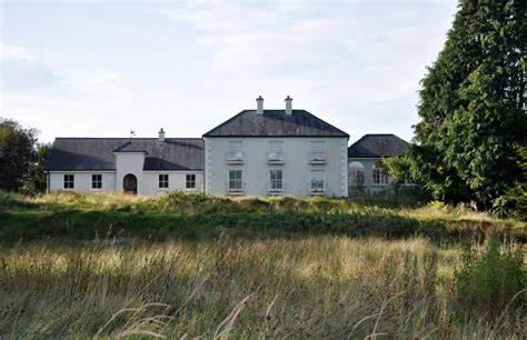 Gorteen House Apartment | Swanlinbar Gorteen House, Swanlinbar | +353 49 952 1968