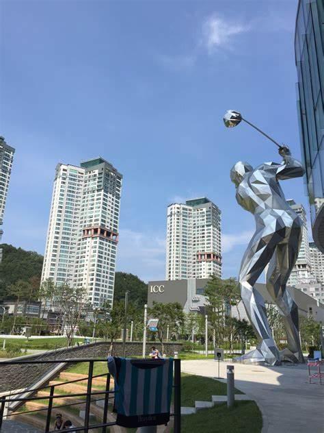 골프존 조이마루   대전광역시 유성구 엑스포로97번길 40   +82 70-4333-4807