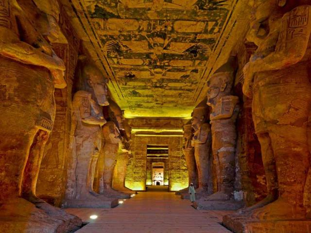 The interior of the Great Temple of Ramesses II, Abu Simbel, Egypt (© Nick Brundle Photography/Getty Images)