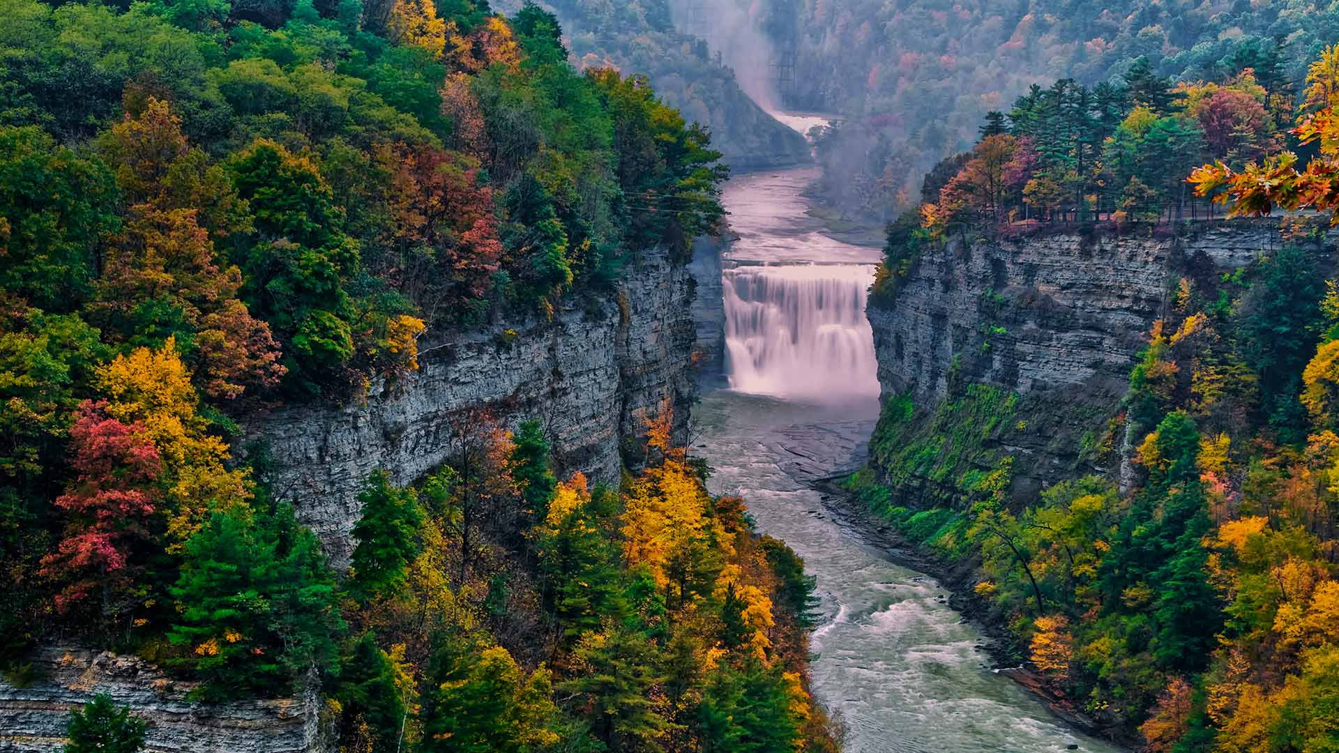 Letchworth State Park, New York (© Jay O