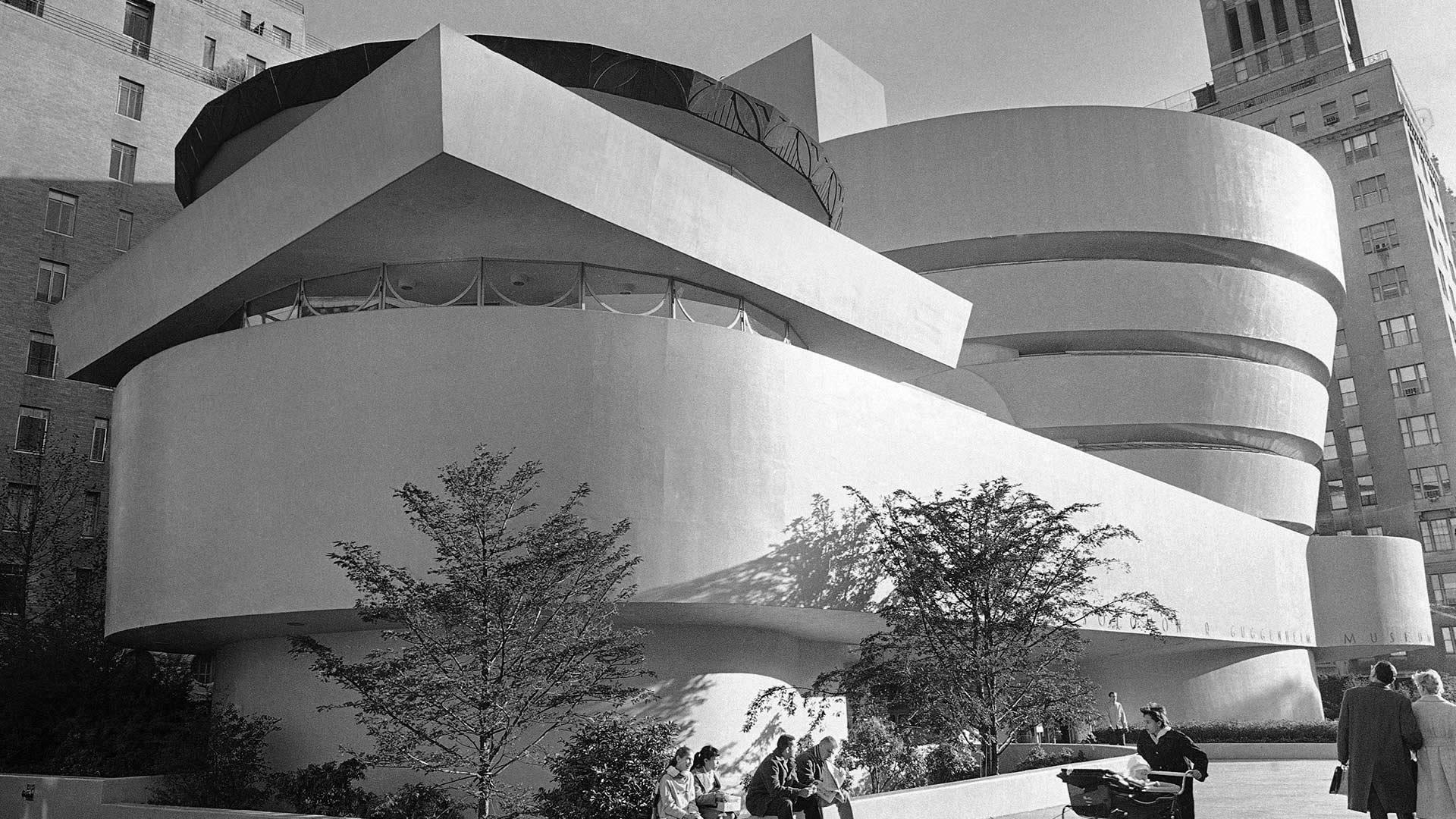 Solomon R. Guggenheim Museum in New York City, 1959 (© AP Photo/Harry Harris)(Bing United States)