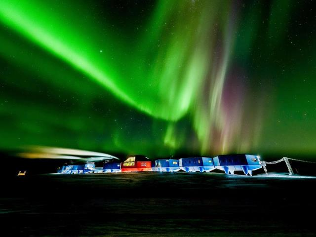 Aurora australis over the Halley VI Research Station in Antarctica (© Stuart Holroyd/Alamy)