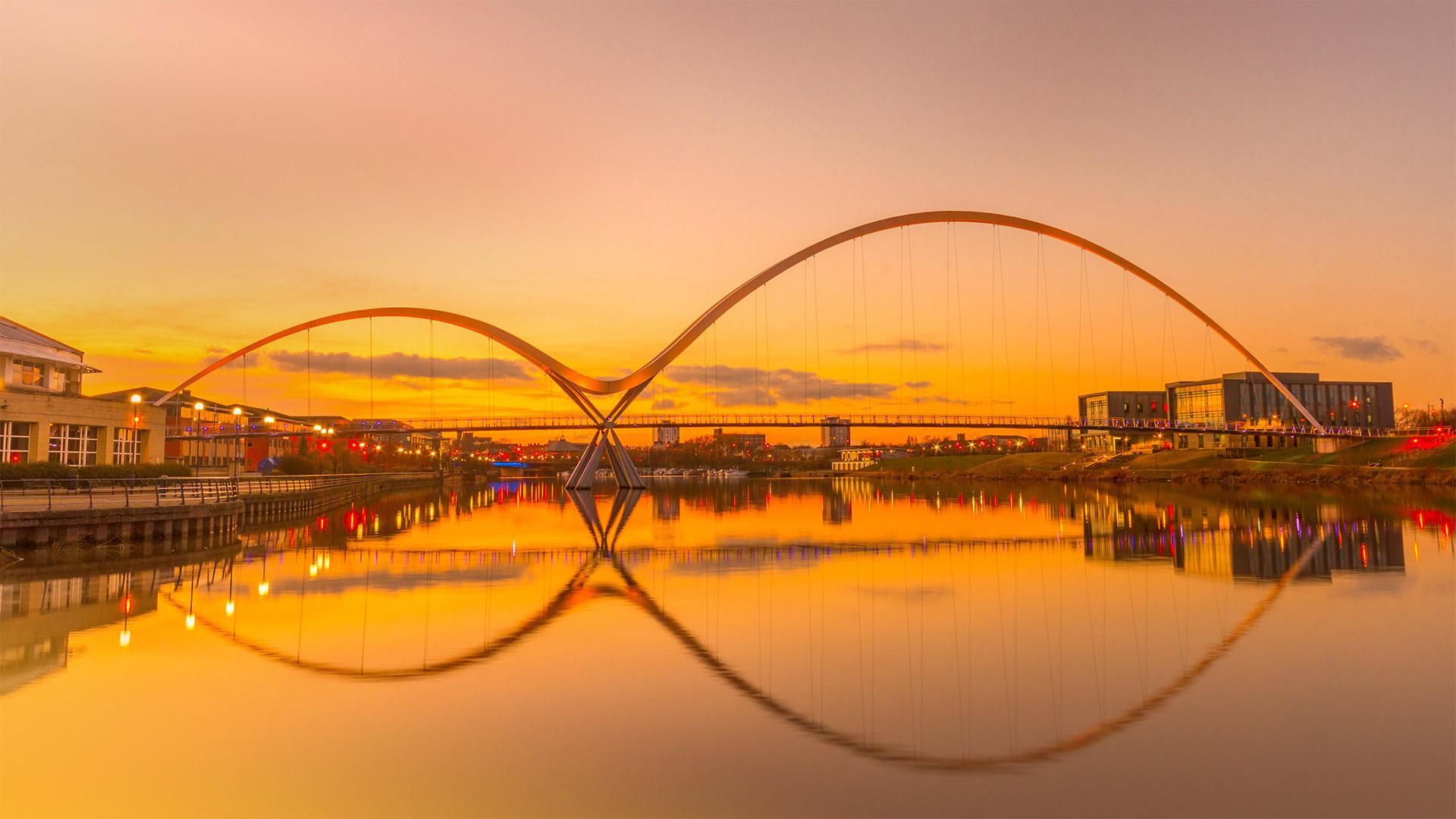 Infinity Bridge in Stockton-on-Tees, England (© Robert Smith/Alamy)(Bing United States)