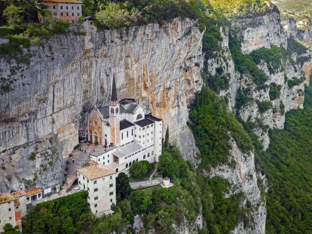 The Sanctuary of Madonna della Corona in Italy (© Volodymyr Kalyniuk/Alamy)