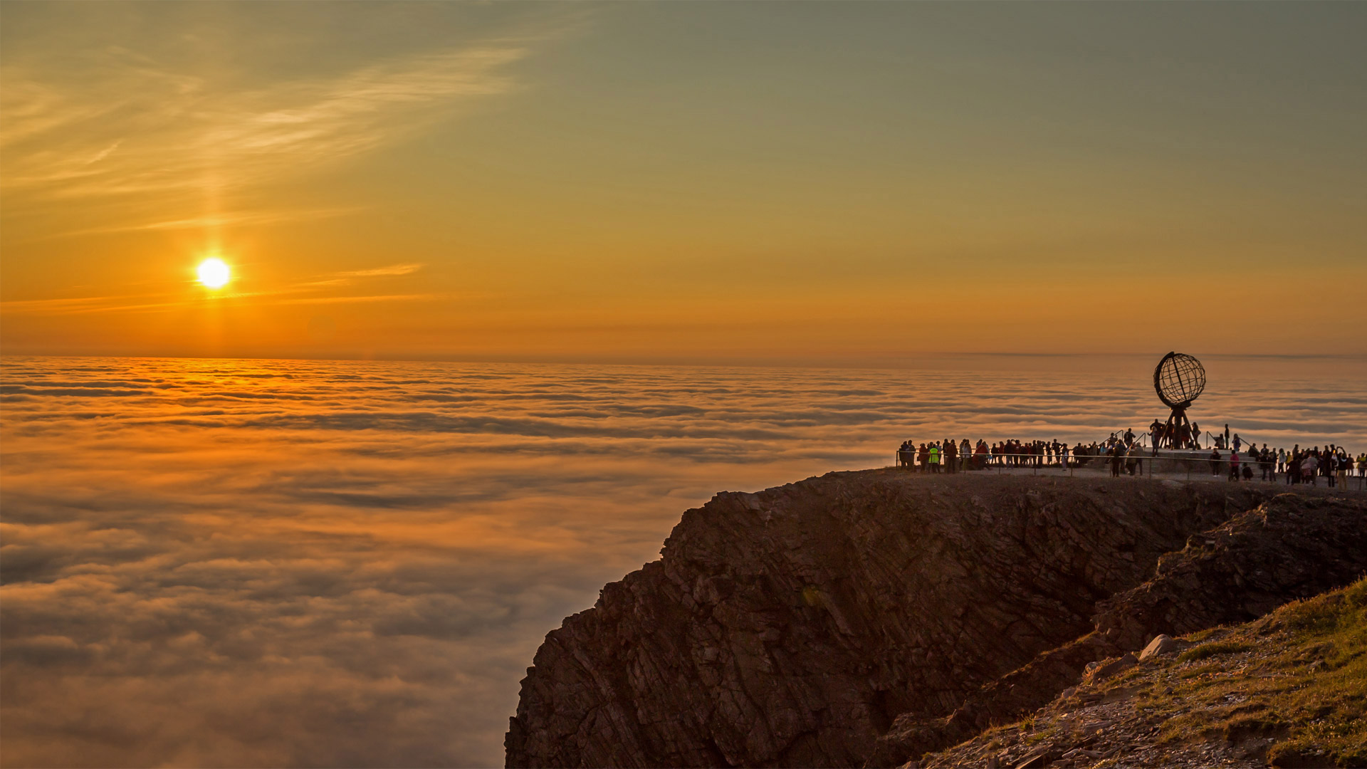 Midnight sun at North Cape, Norway (© Ron Bennett/Shutterstock)(Bing United States)