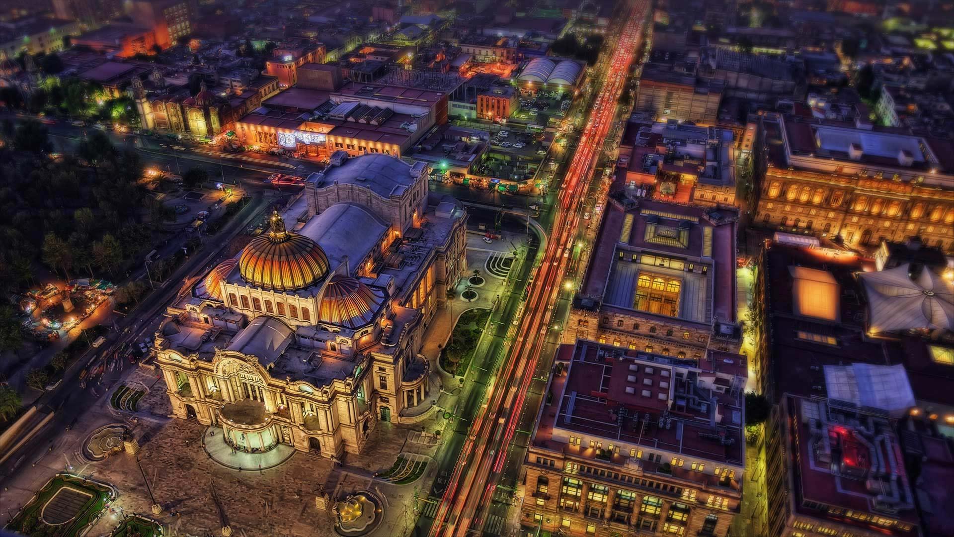 Palacio de Bellas Artes, Mexico City, Mexico (© Lukas Bischoff Photograph/Shutterstock)(Bing United States)