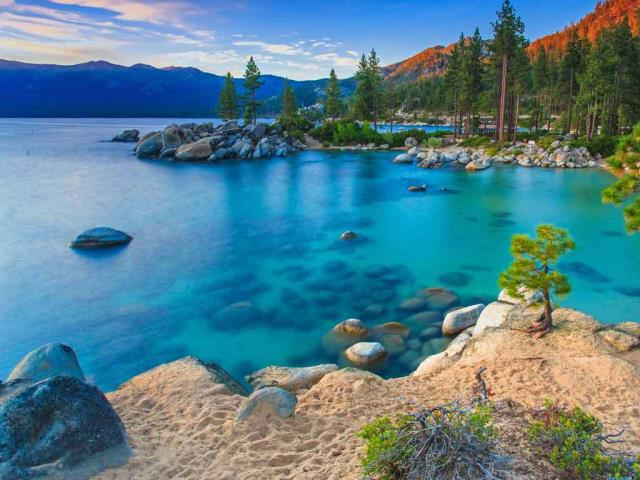 Sand Harbor, Lake Tahoe Nevada State Park, Nevada (© Mariusz Blach/Getty Images Plus)