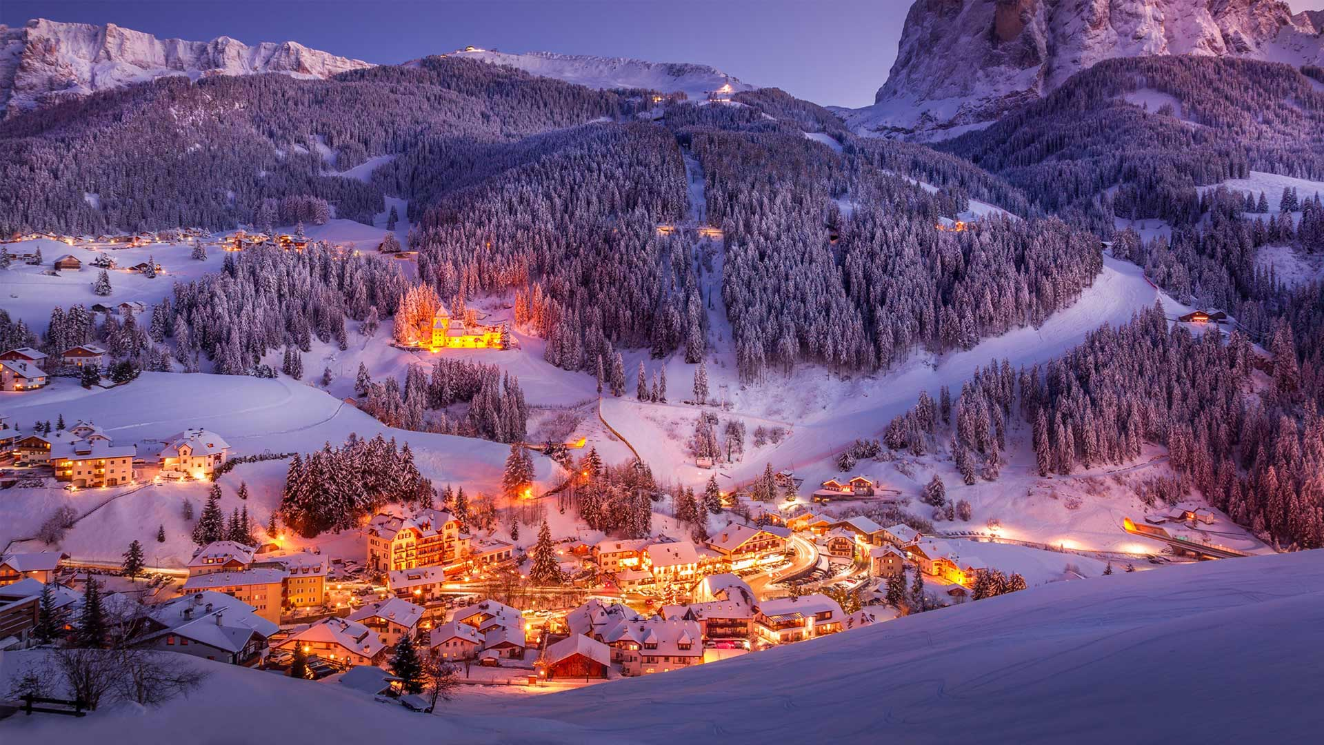 Sunset in Val Gardena in the Dolomites of South Tyrol, Italy (© Marco Capellari/Getty Images)(Bing United States)