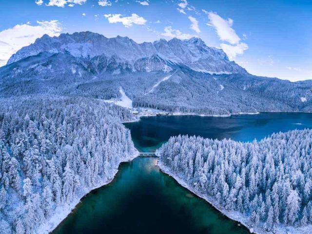 Eibsee, a lake at the base of the Zugspitze, Bavaria, Germany (© Marc Hohenleitner/Huber/eStock Photo)