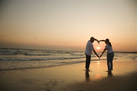 Résultat d'images pour couple aimant