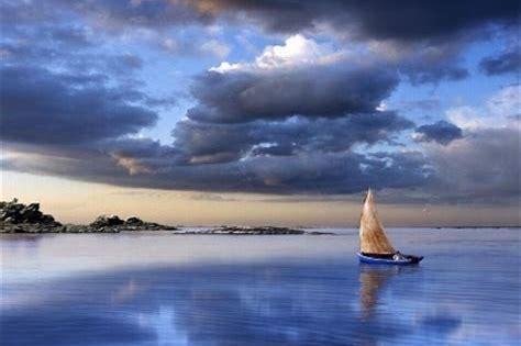 Risultato immagine per barca al largo
