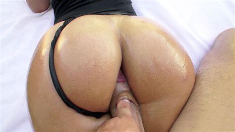 Big booty pov-sisarefso