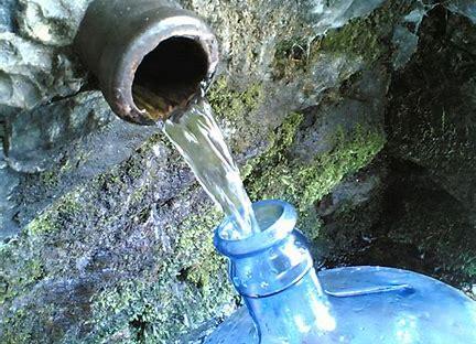 Risultato immagine per acqua