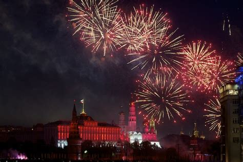 Image result for фото- салют над кремлем