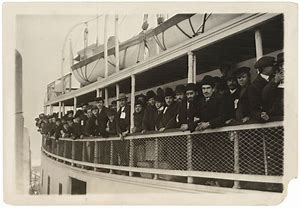 Image result for images immigrant boats landing in nyc in the early 20th century