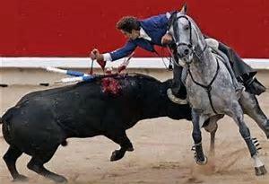 Resultado de imagen de mundo al reves animales seres humanos toros dibujos