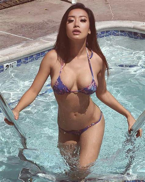 Sexy asian beauties-treatthyasourra
