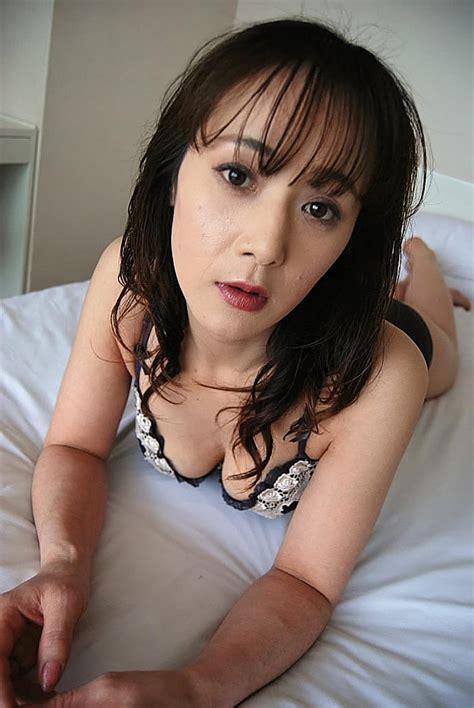 Japanese milf pornstar-paczmissbisve