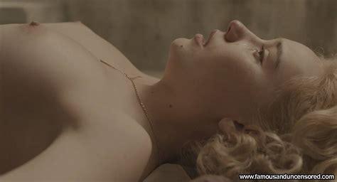 Female agent nude-faversperders