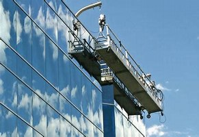 Image result for suspension scaffolding. Size: 233 x 160. Source: www.tsctrainingacademy.com