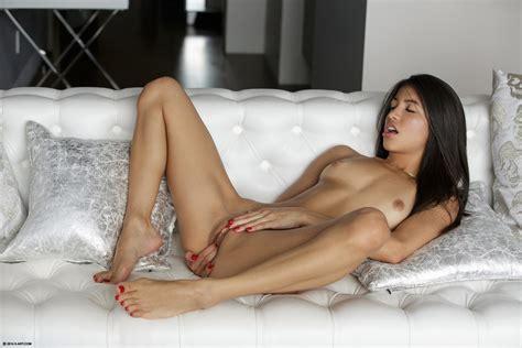 X women naked-otgormuscchin