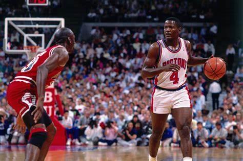 דומארס נגד איזה אחד. צילום: history.bulls.com