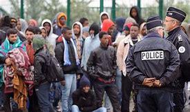 Résultat d'images pour photos d'immigrés