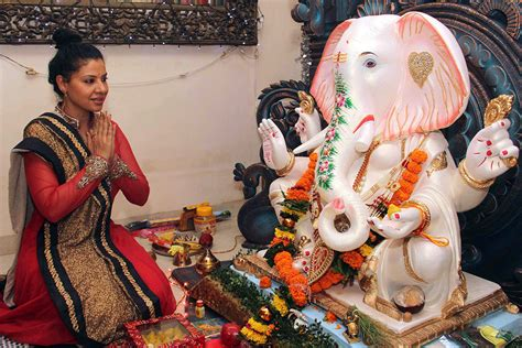 Image result for idolatry with the hindu Gods