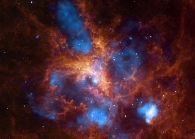 Tamaño de Resultado de imágenes de Nebulosa Tarántula.: 225 x 160. Fuente: genestel-alasdengel.blogspot.com