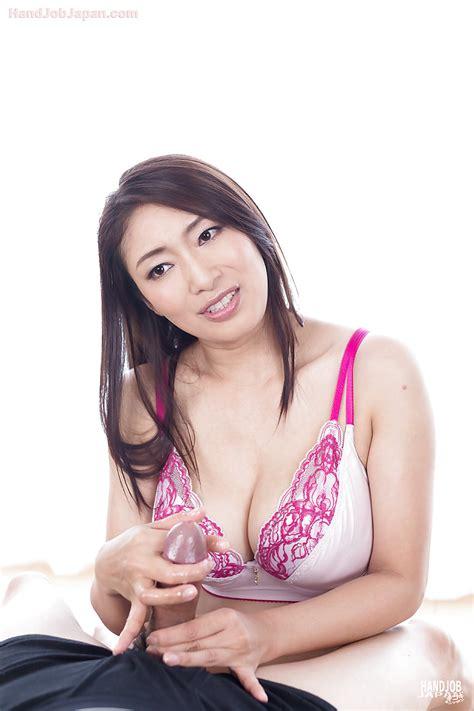 Japanese milf pornstar-sinjutive