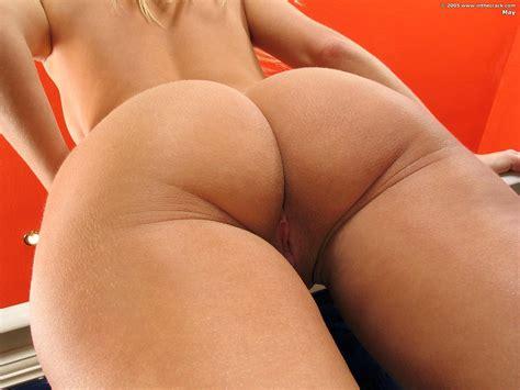 Hot butt anal-szupconncoto