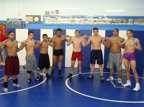 Shirtless boys wrestling-loygunciaten