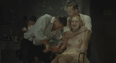 Female agent nude-fenomelo