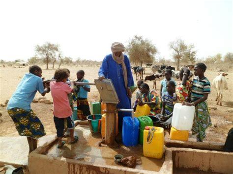 Résultat d'images pour crise de l'eau potable