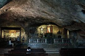 Risultato immagine per grotta di san michele arcangelo