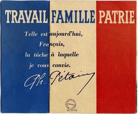Résultat d'images pour image du maréchal Pétain : dieu travail famille patrie